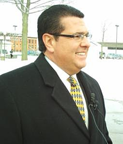 Utica Mayor David Roefaro