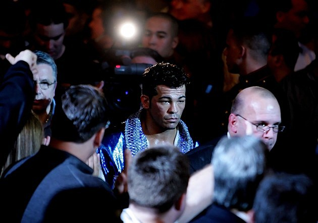ATLANTIC CITY, NJ - JANUARY 28: Arturo Gatti enters the arena before his fight against Thomas Damgaard in the IBA Welterweight Championship fight at Caesars Atlantic City on January 28, 2006 in Atlantic City, New Jersey. (Photo by Al Bello/Getty Images)