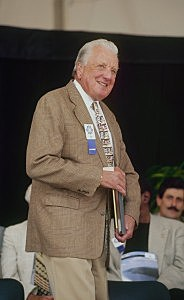 COOPERSTOWN, NY - AUGUST 3: Ralph Kiner is honored during the Hall of Fame Induction Ceremony on August 3, 1997 at the Clark Sports Center in Cooperstown, New York. (Photo by Tomasso DeRosa/Getty Images)