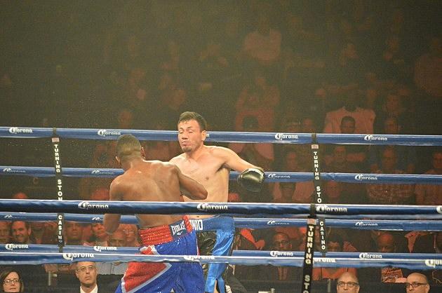 Yudel Jhonson def Norberto Gonzalez at ESPN Friday Night Fights at Turning Stone Resort and Casino (June 6, 2014 ESPN Friday Night Fights at Turning Stone, Verona, NY - photo: Jeff Monaski, WIBX)