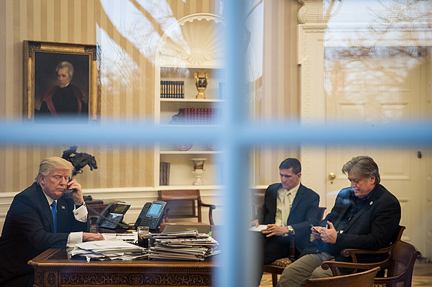 Donald Trump Speaks With Australian PM Turnbull From The White House