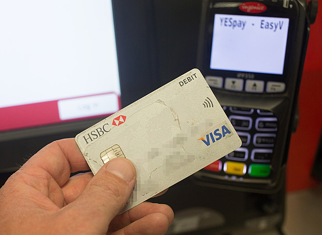 Cashless Payments Overtake The Use Of Notes And Coins